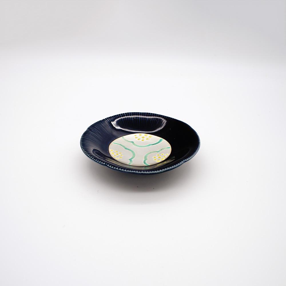 LP-3 ルリ釉銀彩梅文 小皿