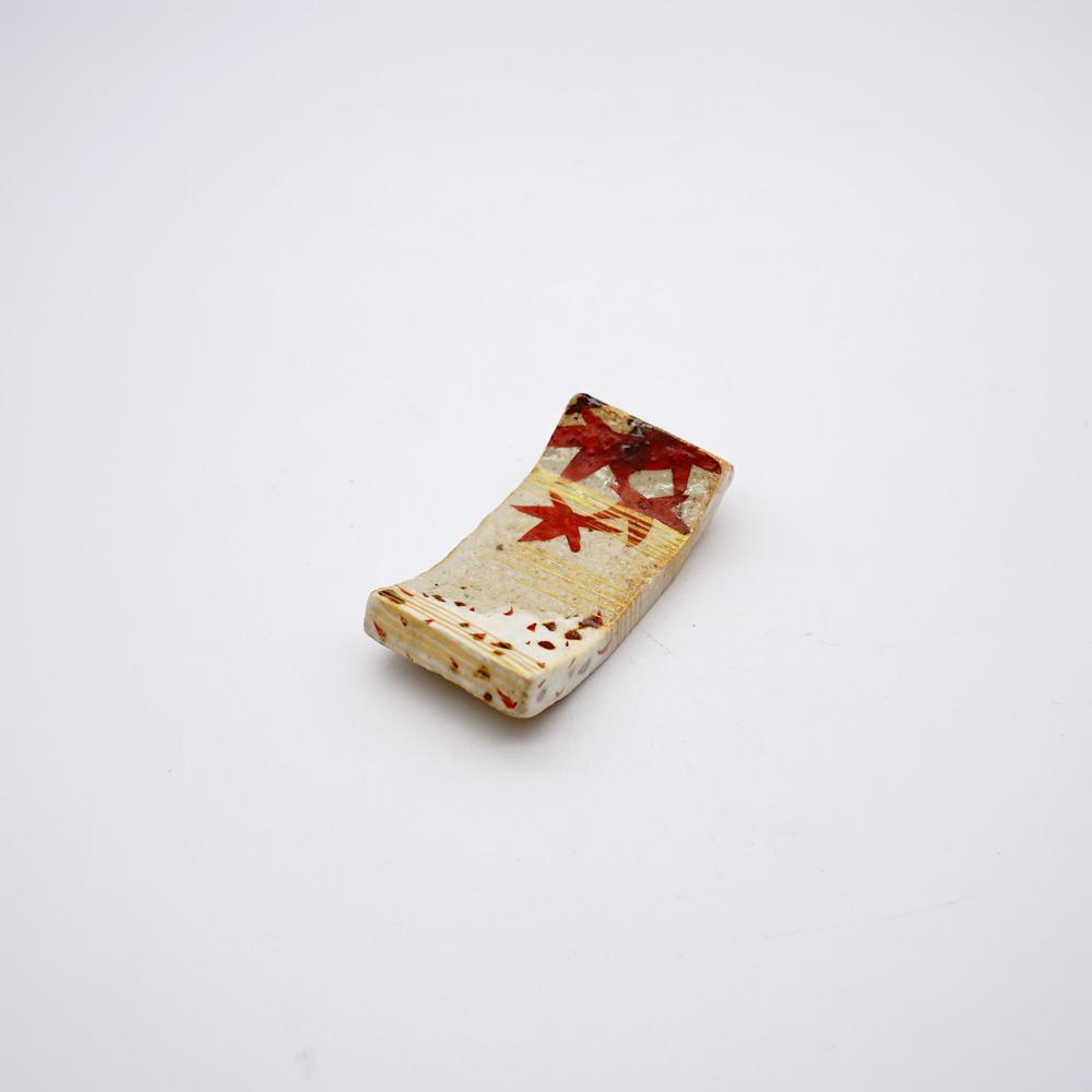 FE-1B 金彩雲錦 箸置